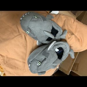 Other - Baby/toddler shark slippers size medium 8/10
